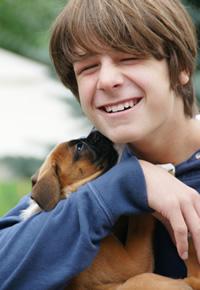 teen-boy-loving-his-dog